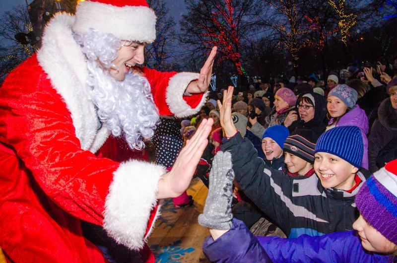 На Днепропетровщине открылся сказочный новогодний городок (ФОТО) (фото) - фото 7