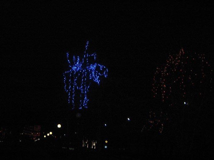 Как Полоцк готовится к Новому году: огни ночного города (фото) - фото 8