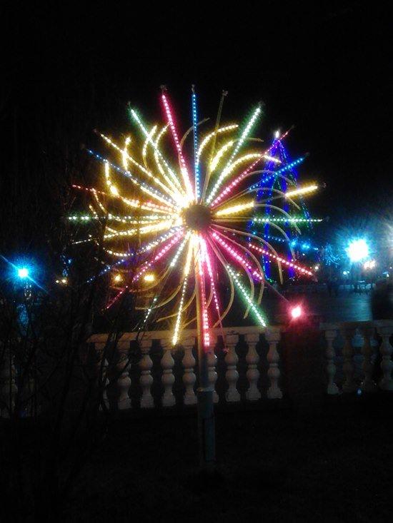 Как Полоцк готовится к Новому году: огни ночного города (фото) - фото 4