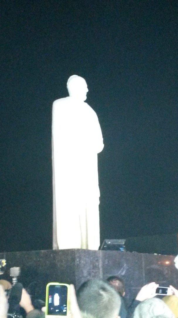 В Мариуполе презентовали памятник князю Святославу (ФОТО) (фото) - фото 1
