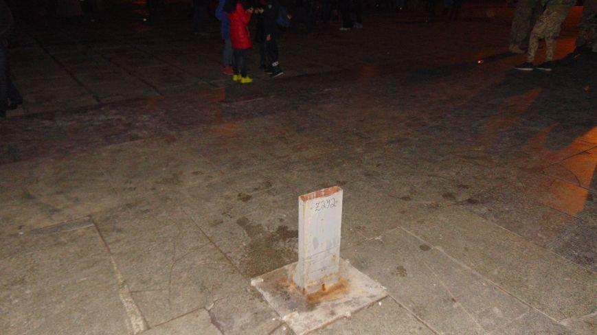 В Мариуполе удалили символ веры христиан (ФОТОФАКТ) (фото) - фото 1