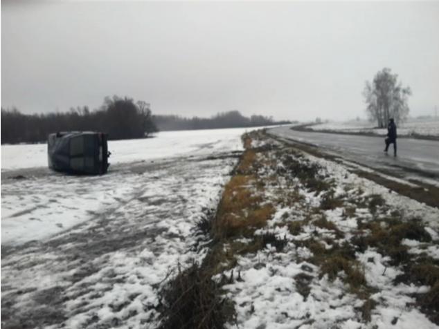 На автодороге Сумы-Путивль-Глухов в ДТП погиб годовалый ребенок (ФОТО) (фото) - фото 1