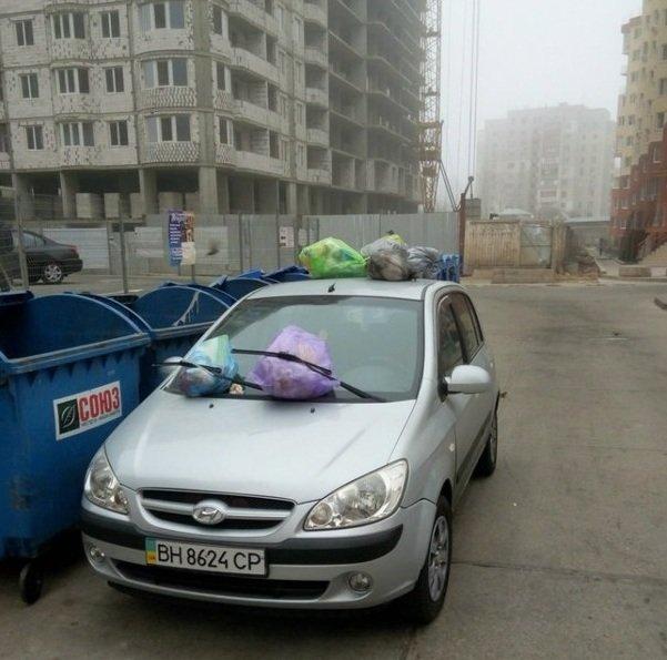 В Одессе жестоко наказали водителя, который неправильно припарковался (ФОТО) (фото) - фото 1