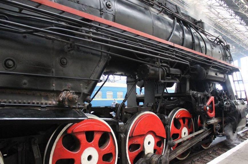 На Львівській залізниці влаштували першу поїздку різдвяним ретро-потягом. Як це було (ФОТО+ВІДЕО), фото-5