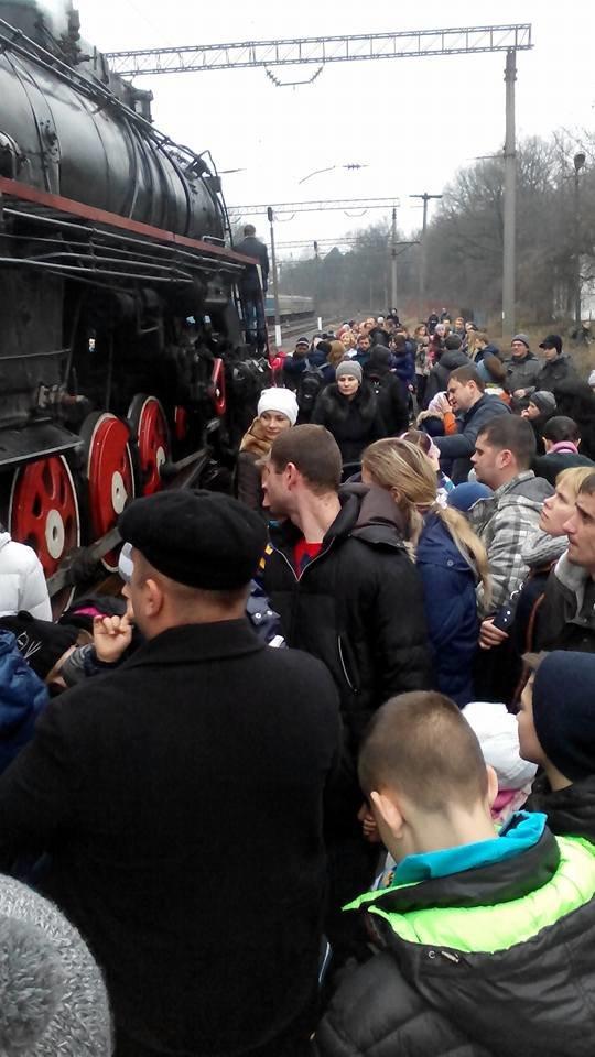 На Львівській залізниці влаштували першу поїздку різдвяним ретро-потягом. Як це було (ФОТО+ВІДЕО), фото-2