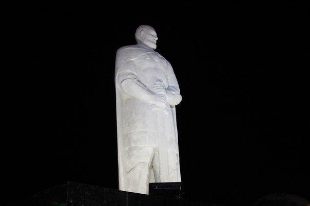 Памятник Святославу Храброму создавал криворожанин по эскизу бойца полка