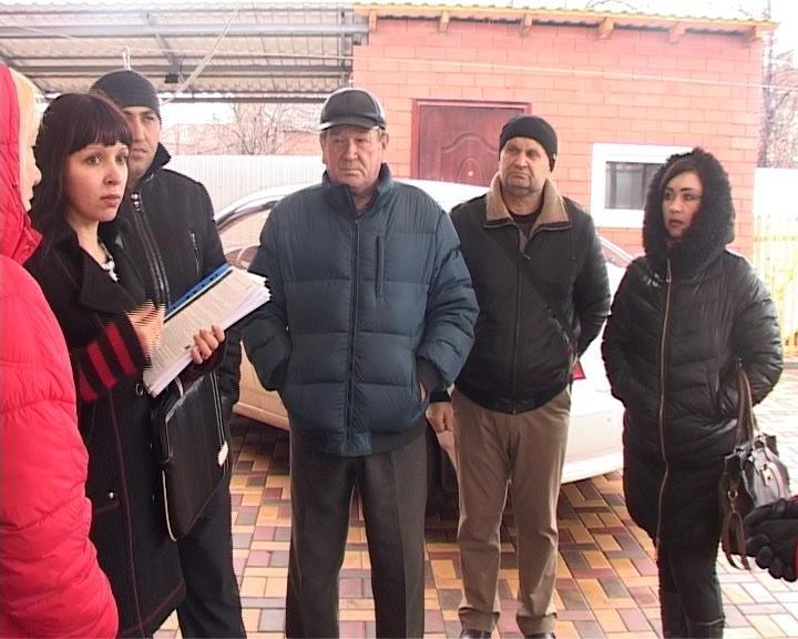 В Армавире покупателям продали автомобили без ПТС (фото) - фото 1