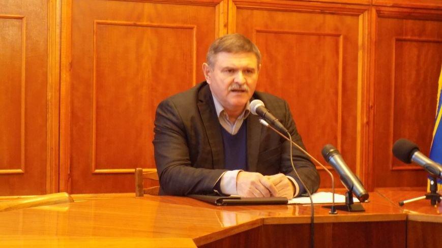 Очередной скандал на сессии Северодонецкого горсовета: заседание снова сорвано (ФОТО) (фото) - фото 1