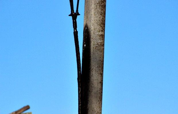У Сторожинці в трансформаторній підстанції знайшли тіло молодого чоловіка (фото) - фото 1