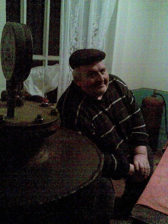 Тернополянин виготовив 700 літрів м'ясних консервів для воїнів АТО (фото) - фото 1