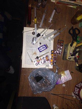 На левобережье Днепродзержинска прикрыли наркопритон (фото) - фото 2