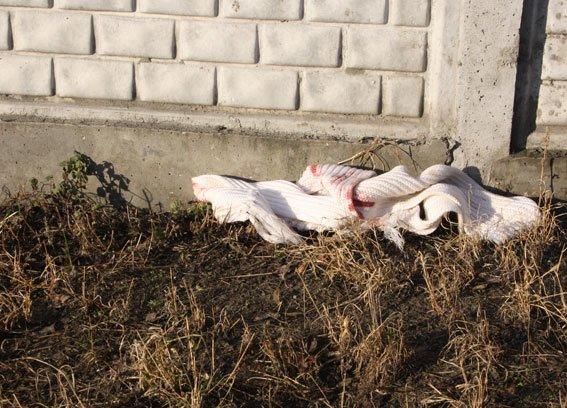 На Полтавщині чоловік вбив власну знайому посеред вулиці (фото) - фото 2