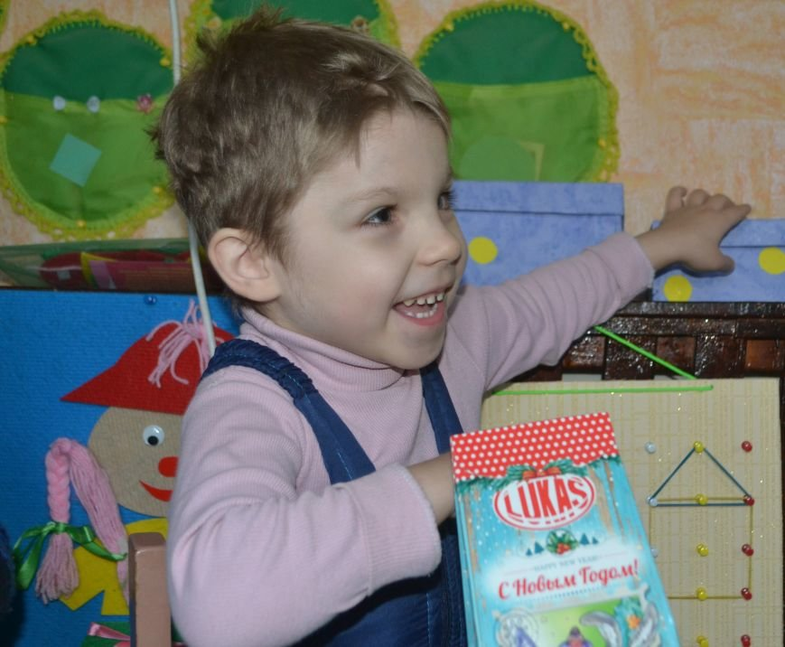 Деды Морозы Артемовска-Бахмута подарили детям радость, фото-1