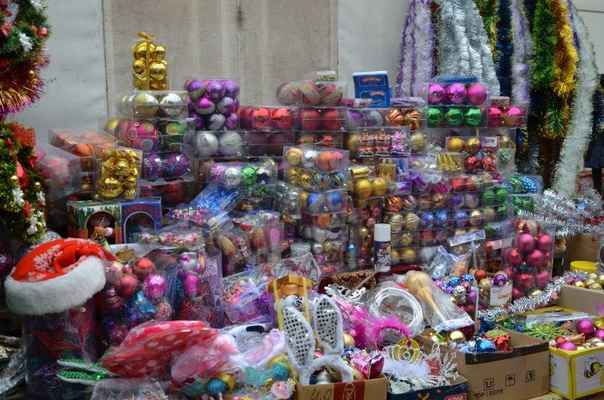 Мариупольцы раскупают елочные украшения (ФОТО), фото-4