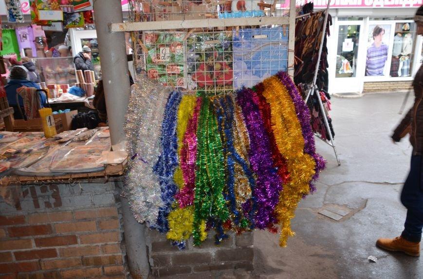 Мариупольцы раскупают елочные украшения (ФОТО), фото-8