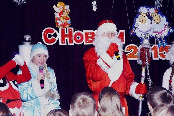 Почему Дед Мороз не приезжает на оленях? Ждут ли новополочане Деда Мороза и Снегурочку? (фото) - фото 10