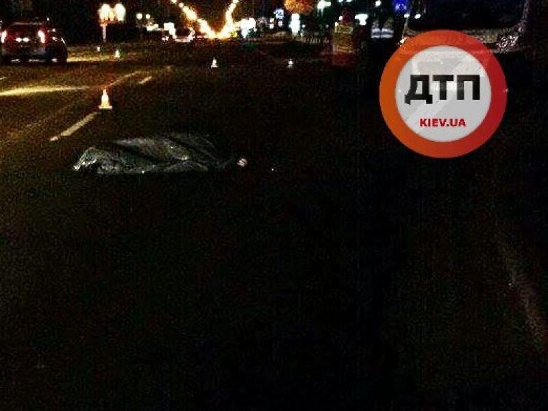 На Броварском водитель авто сбил пешехода и скрылся (ФОТО), фото-1