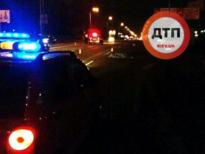 На Броварском водитель авто сбил пешехода и скрылся (ФОТО), фото-2