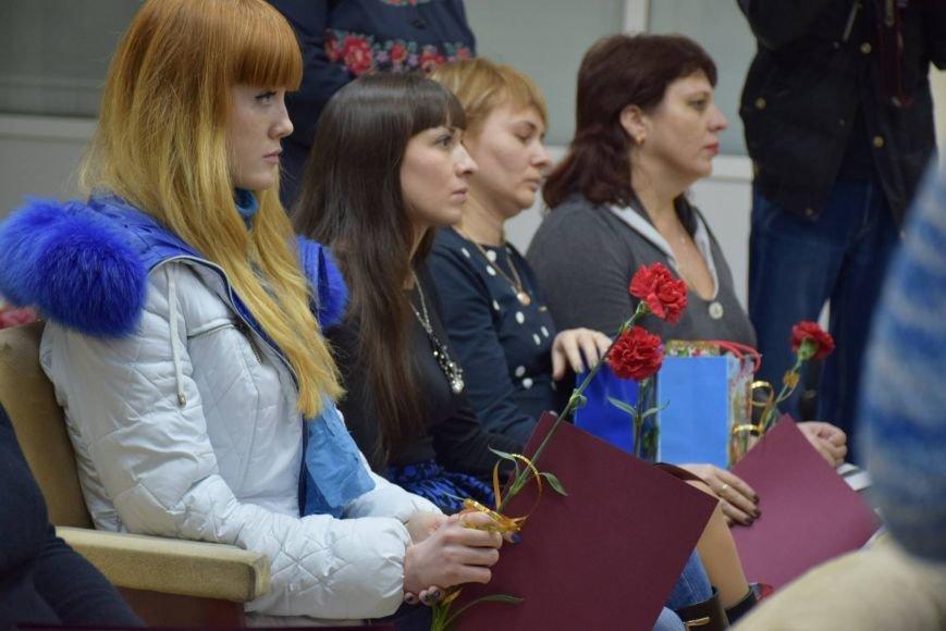 """""""Эти ордера - обязанность государства перед героями"""", -  семьи погибших бойцов получили квартиры в Николаеве (ФОТОРЕПОРТАЖ), фото-8"""