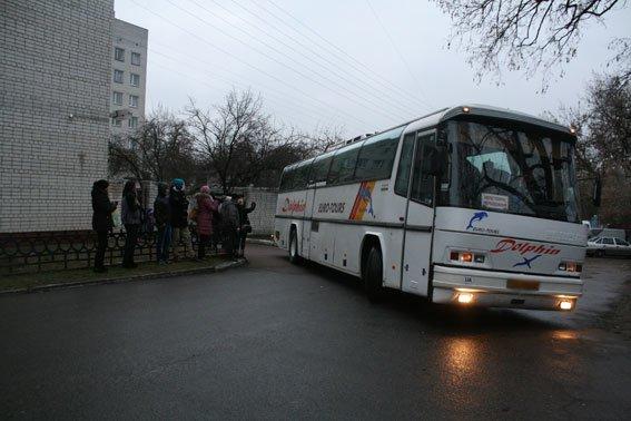 Спецбатальон «Чернигов» провел ротацию: на Донбасс уехала новая группа бойцов (фото) - фото 1