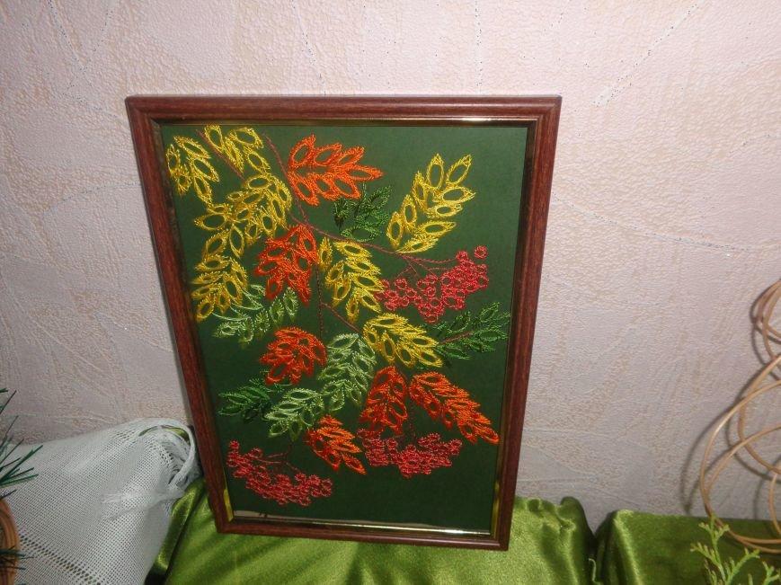 В Красноармейском историческом музее презентовали оригинальную выставку «Новогодние подарки» (фото) - фото 5