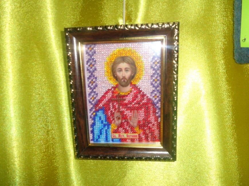 В Красноармейском историческом музее презентовали оригинальную выставку «Новогодние подарки» (фото) - фото 6