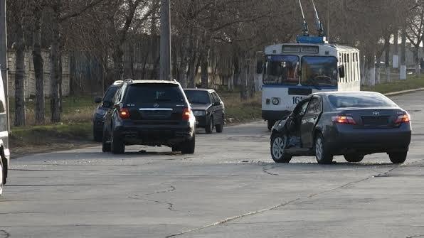 """В Мариуполе на  улице Краснофлотской  не разъехались """"Porsche"""" и """"Toyota""""(Фотофакт), фото-4"""