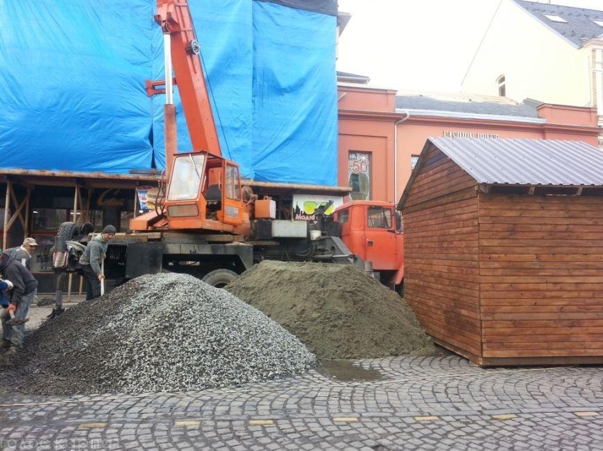 Будівництво в центрі Ужгорода  може стати небезпечним для життя / ФОТО (фото) - фото 1