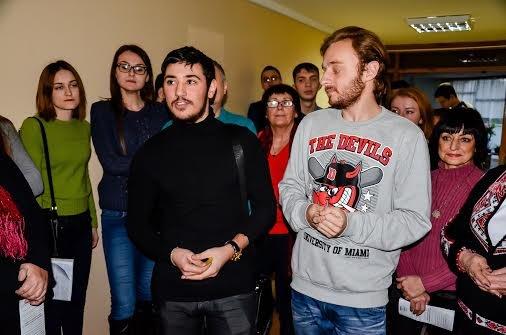 Украинская миротворческая школа «шагает» по Мариуполю (ФОТО), фото-3