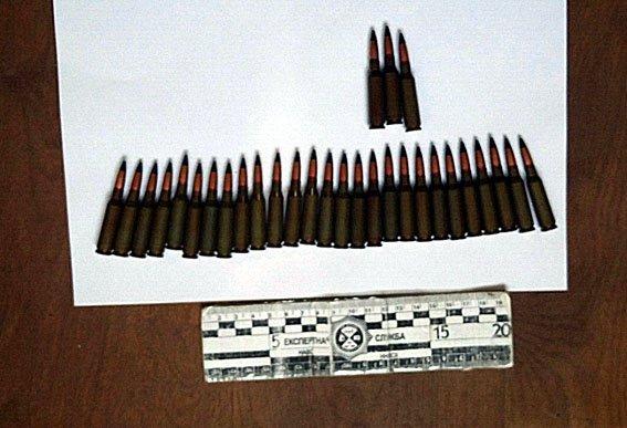 Вблизи Мариуполя обнаружен тайник с боеприпасами (ФОТО) (фото) - фото 1