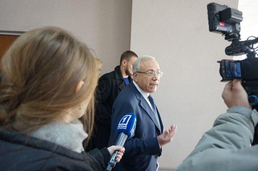 Активист Валентина Крывда предложила Юрию Вилкулу не баллотироваться, а идти на пенсию (ФОТО) (фото) - фото 1