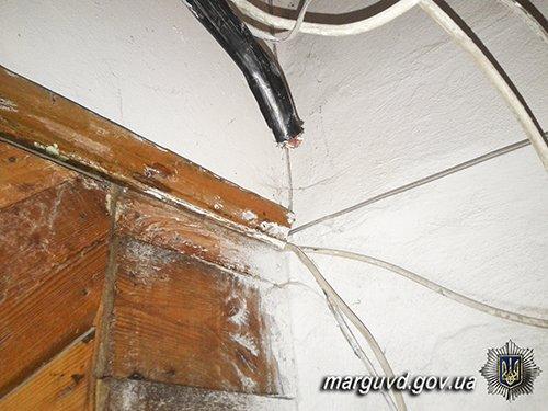 Мариупольские полицейские поймали 18-летних воров. Подельники совершили 30 краж (ФОТО+ВИДЕО), фото-2