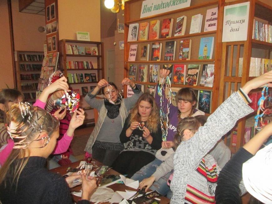В днепродзержинских библиотеках работают мастерские Деда Мороза, фото-6