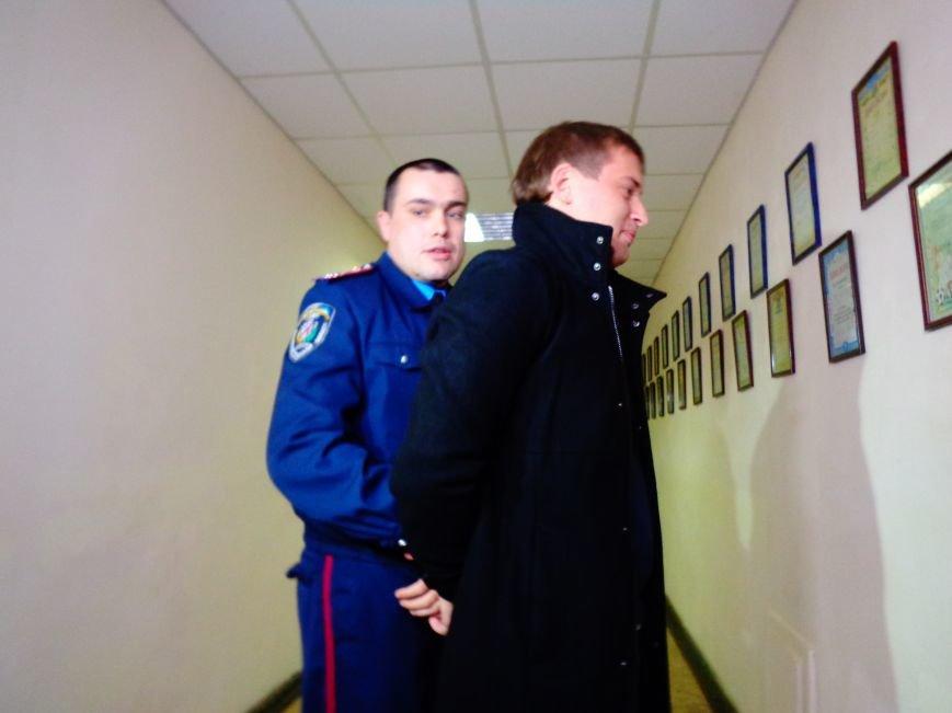 Днепропетровцев сводили на экскурсию в отделение полиции (ФОТО, ВИДЕО) (фото) - фото 1