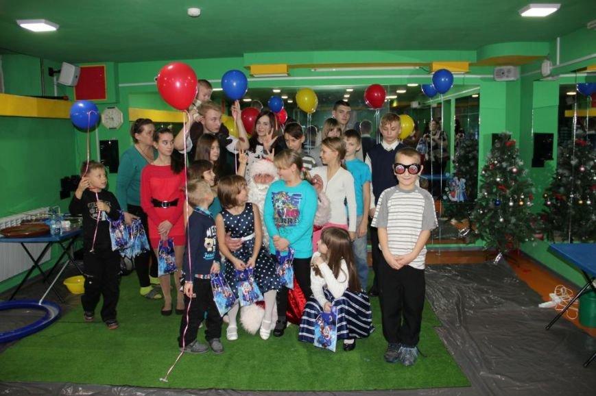 Детям из Деревни SOS подарили спортивно-развлекательный праздник, фото-6