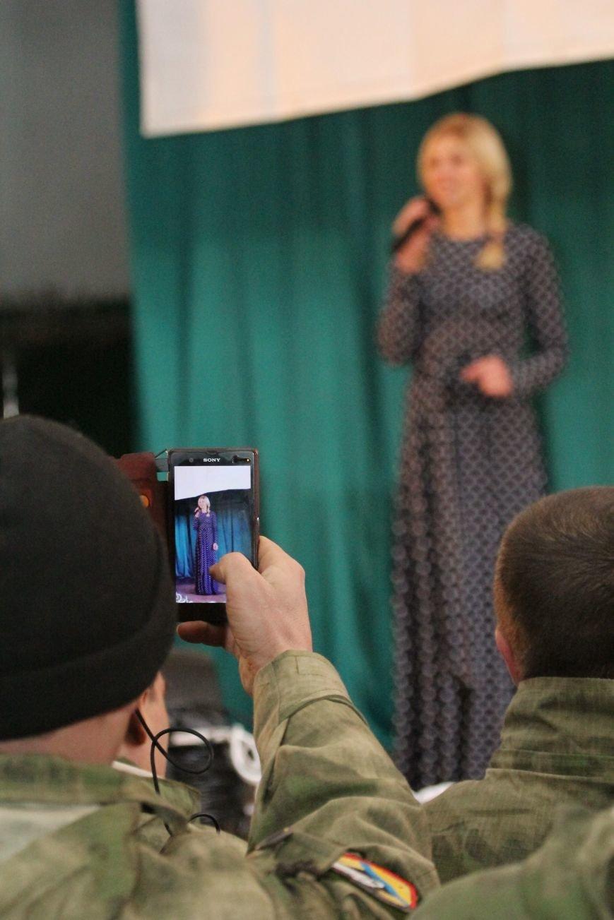 Днепропетровские волонтеры дали концерт воинам АТО (ФОТО), фото-5
