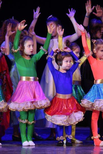 В Днепропетровске 6 летние детки провели новогодний концерт (ФОТО) (фото) - фото 3