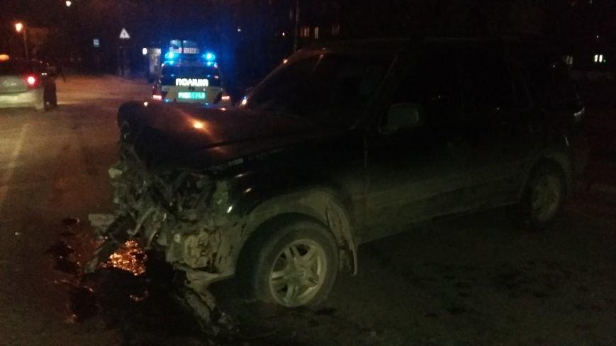 Жуткий вечер в Сумах: падение с 9-го этажа и 5 аварий (ФОТО+ВИДЕО) (фото) - фото 2
