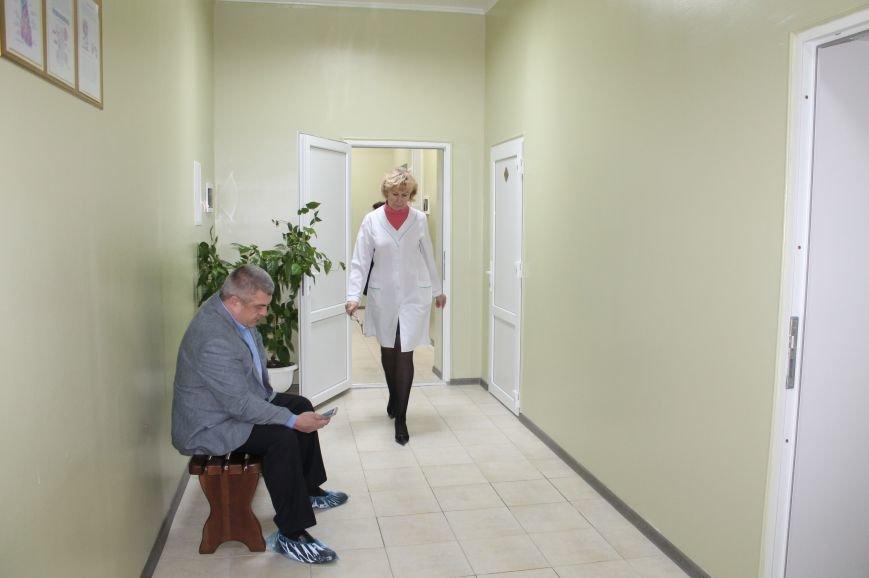 Жители Часов Яра смогут получать надлежащую первичную медицинскую помощь, фото-5