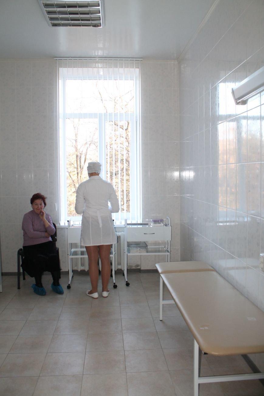 Жители Часов Яра смогут получать надлежащую первичную медицинскую помощь, фото-4