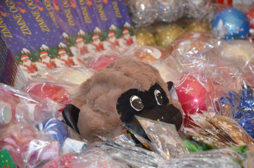 Мариупольцы на Новый год оденут костюмы обезьяны и Мальвины (ФОТО), фото-3