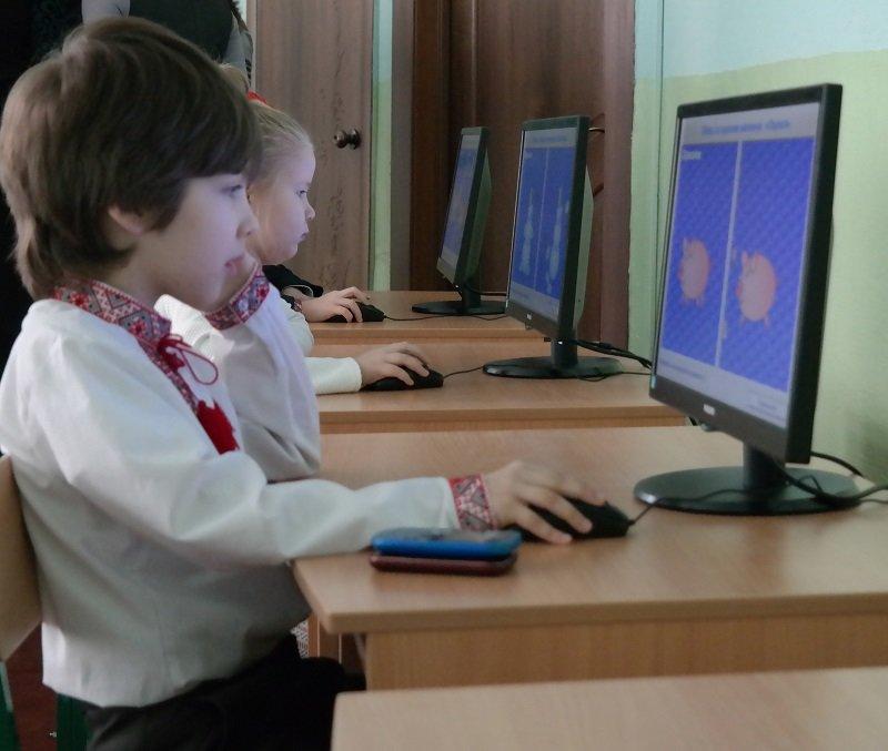 Новий комп'ютерний клас у школі №4 оглянув черкаський мер (ФОТО), фото-4