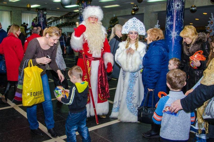 Губернаторскую елку посетили около тысячи детей региона (ФОТО) (фото) - фото 2