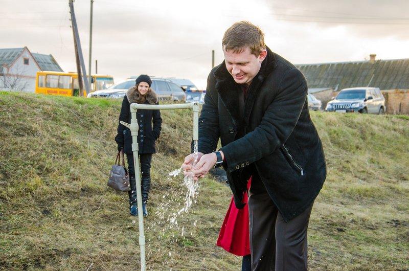 Новый водовод обеспечит питьевой водой 15 населенных пунктов Томаковского района (ФОТО) (фото) - фото 3