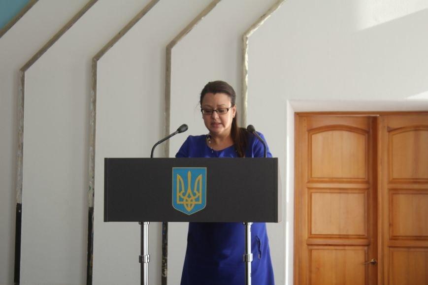 В Днепродзержинске проверят компетентность начальника управления транспорта и пересчитают тарифы на проезд, фото-1