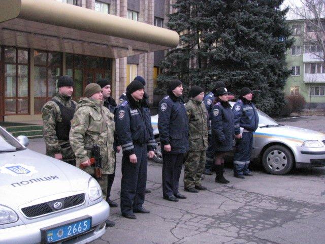 В канун новогодних праздников Добропольская полиция усилит охрану общественного порядка, фото-1