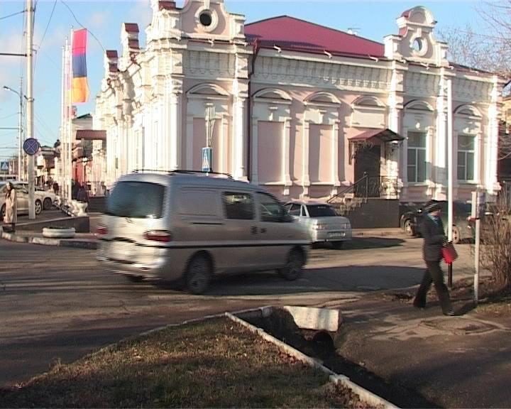 В Армавире на ул. Пушкина будет установлено одностороннее движение (фото) - фото 1