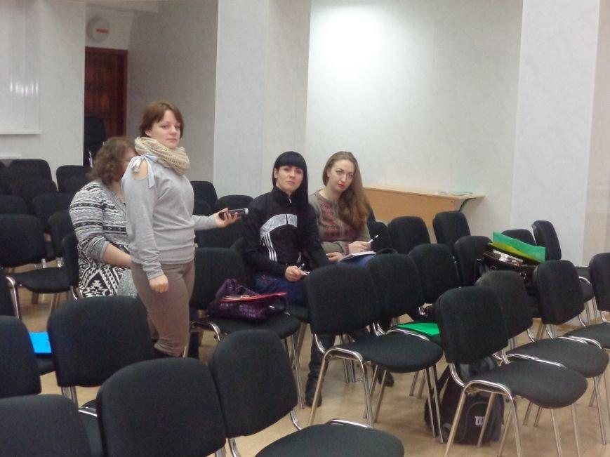 «Це місто належить тільки громаді» - в Красноармейске учат контролировать местную власть (фото) - фото 13