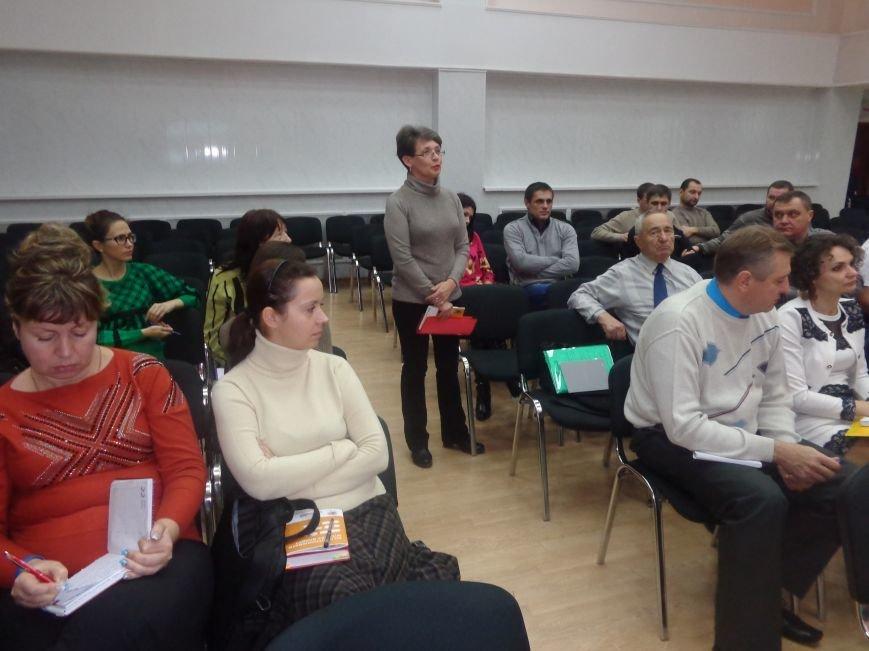 «Це місто належить тільки громаді» - в Красноармейске учат контролировать местную власть (фото) - фото 12