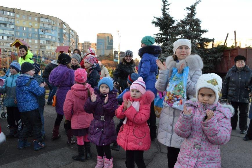 На левобережье Днепродзержинска открылась районная новогодняя елка, фото-3